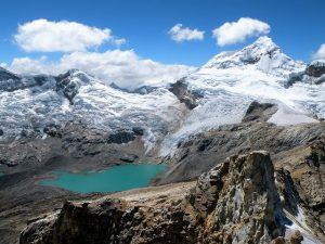Tocllaraju (6.032 m)